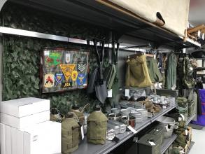軍物アンモボックスからBDU(迷彩服)まで幅広くミリタリー用品を取り扱い!