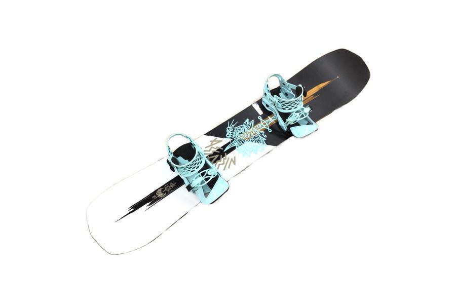 スキーのバートン