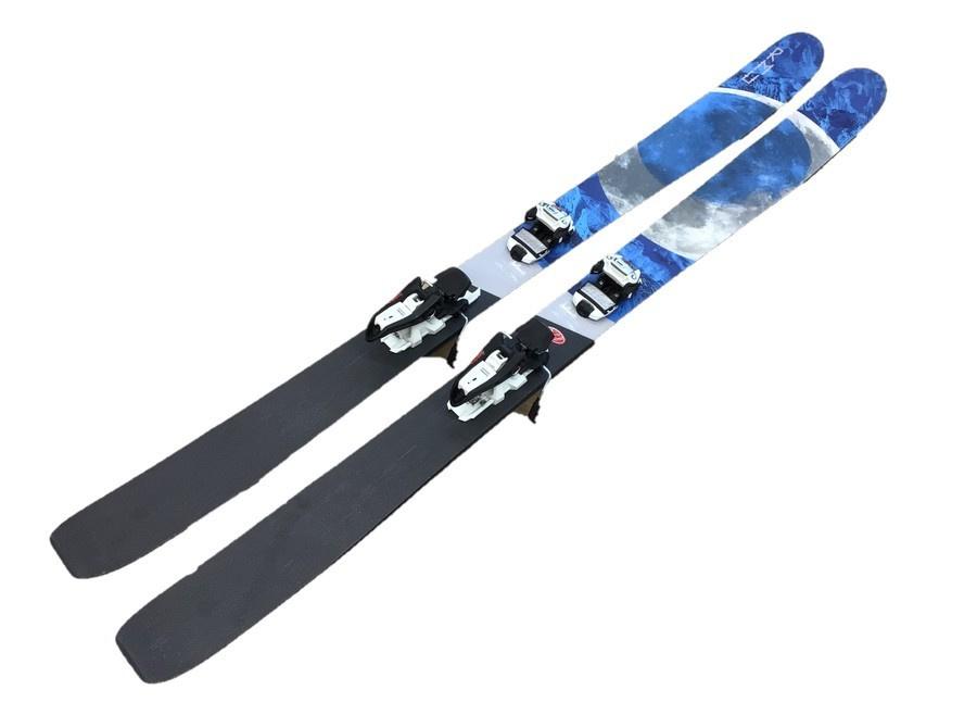 スキーのスキーウェア スノーボードウェア