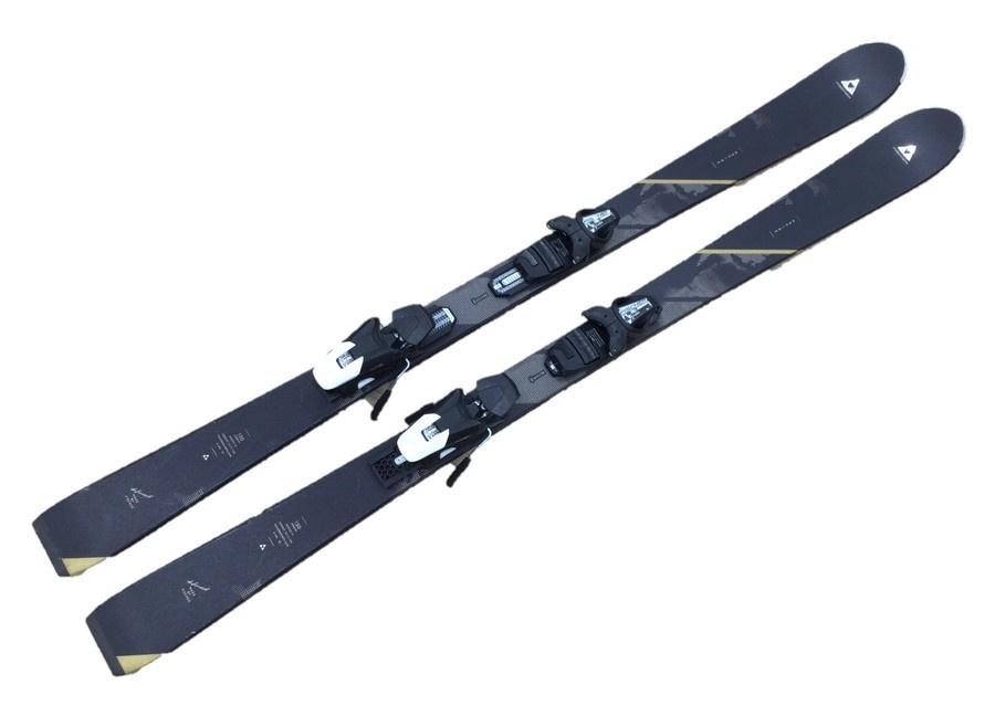 スキーウェア スノーボードウェアのトレファクスポーツ多摩南大沢店