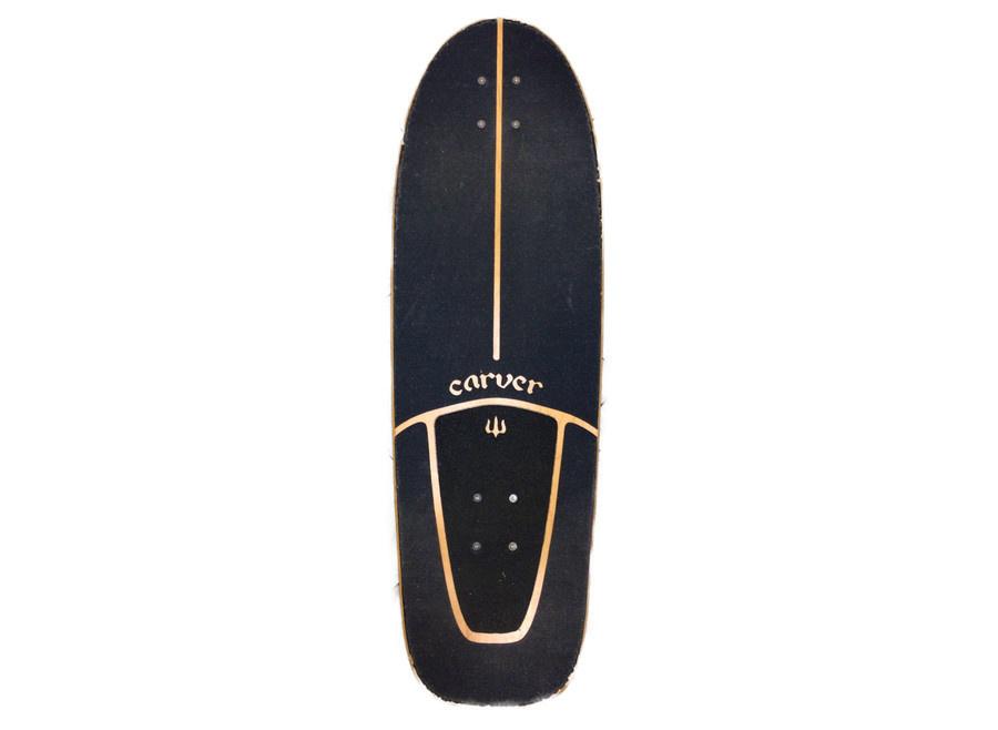 スケートボードのサーフィン