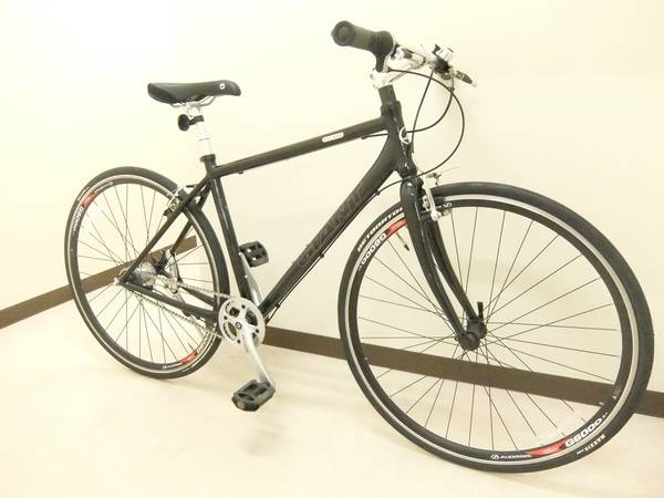 【トレファクスポーツ】GIANT(ジャイアント)クロスバイク売ります!買います!