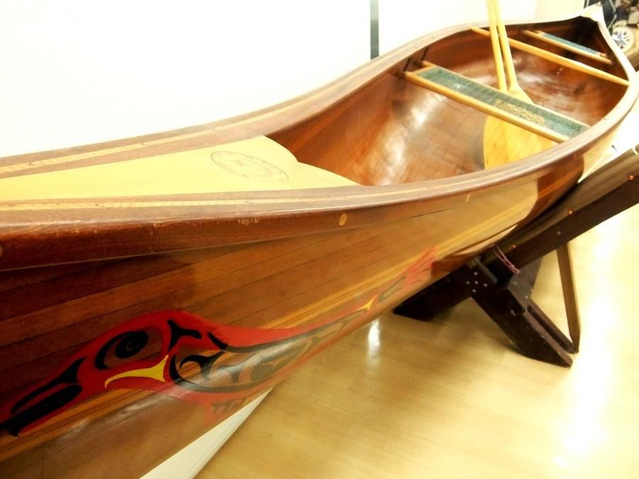 【TFスポーツ青葉台店】クラシック感ある木製カナディアンカヌー。