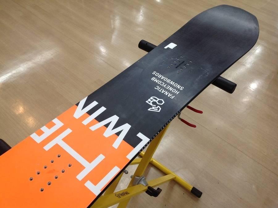 【TFスポーツ青葉台店】FANATIC(ファナティック)のスノーボードが入荷しました!