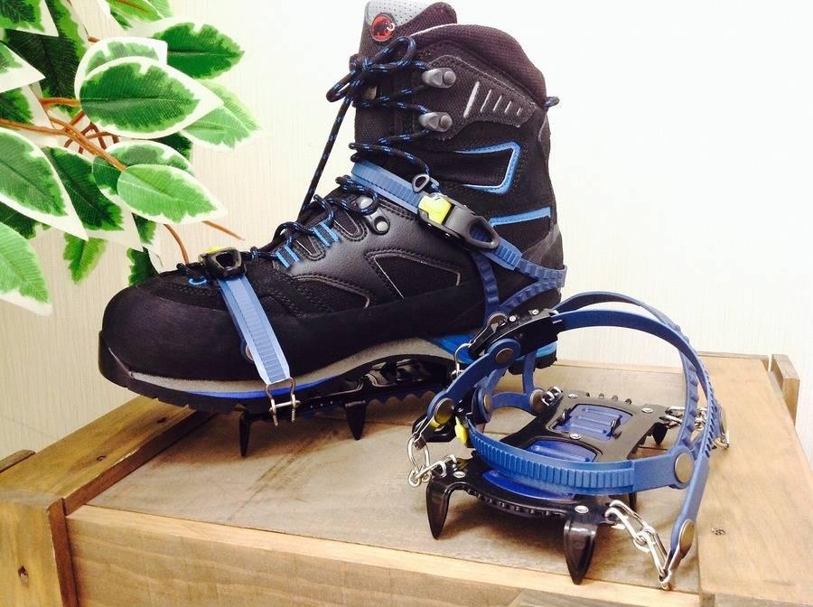 「スポーツ・アウトドアの登山用品 」