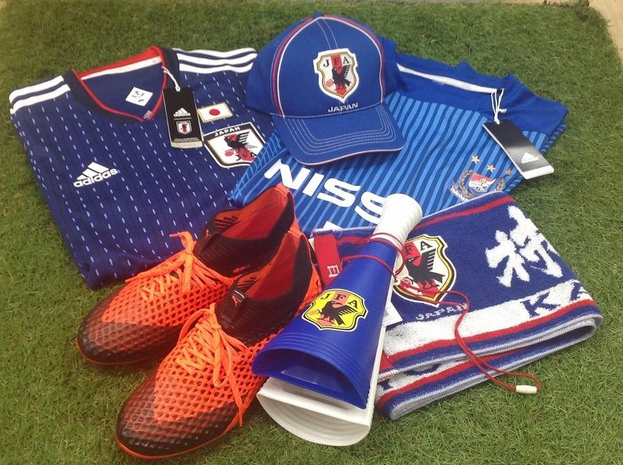 「スポーツ用品のサッカー 」