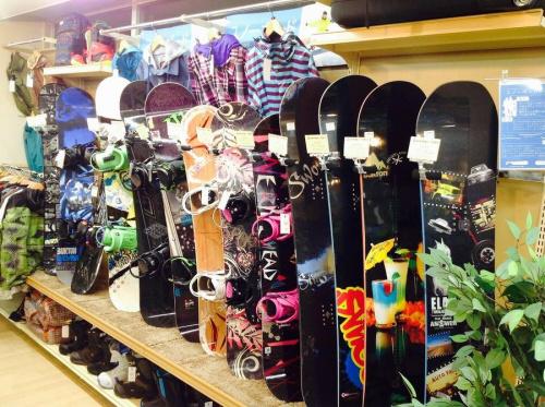 中古スキーの中古スノーボード