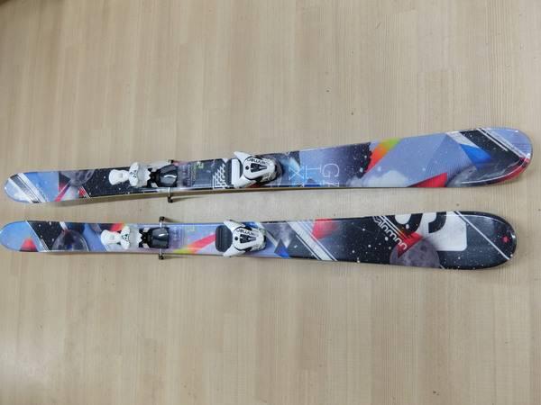 スキーのSALOMON