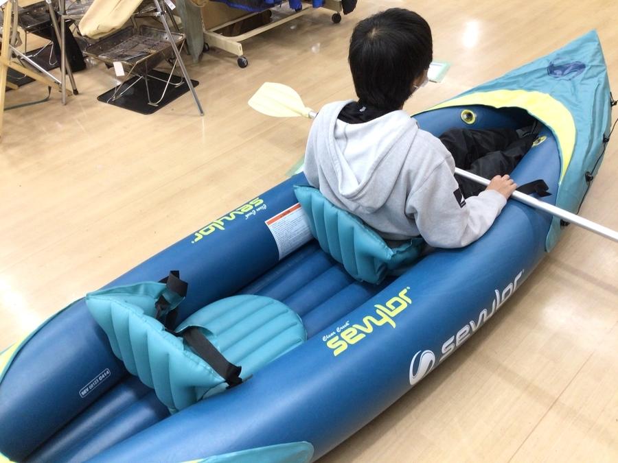 サーフィンのカヌー