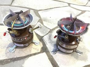 "TFスポーツ三芳店】通称""茶ピーク""Coleman(コールマン) 2レバー式の400 PEAK1"