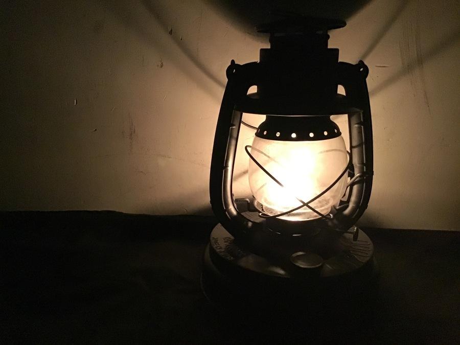 国内で唯一残っているハリケーンランプメーカー『別所ランプ』WINGED WHEEL(ウィングドウィール) No.2000