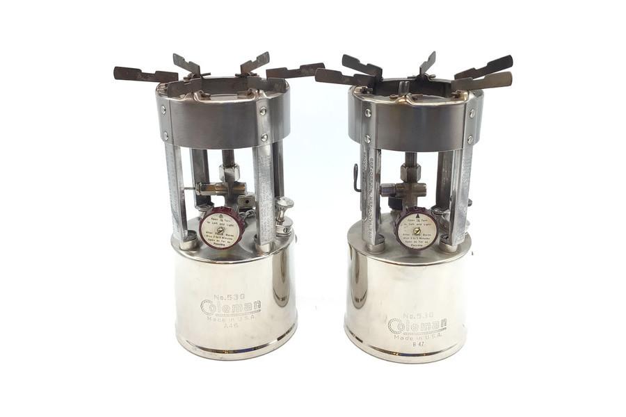 1QT缶にすっぽり収まるColeman(コールマン)製造GIストーブ「No.530」が2台同時入荷!
