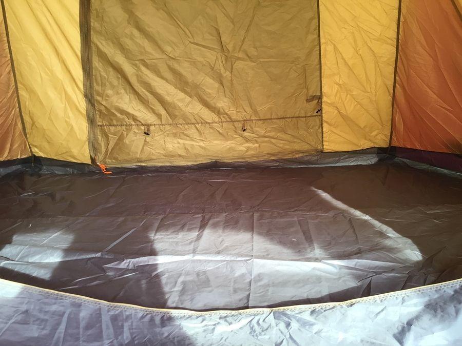 ツールームテントの三芳