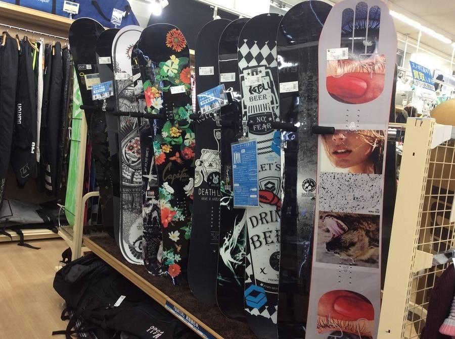 【スポーツ柏】スノーボード用品ならトレファクスポーツ柏店へ!