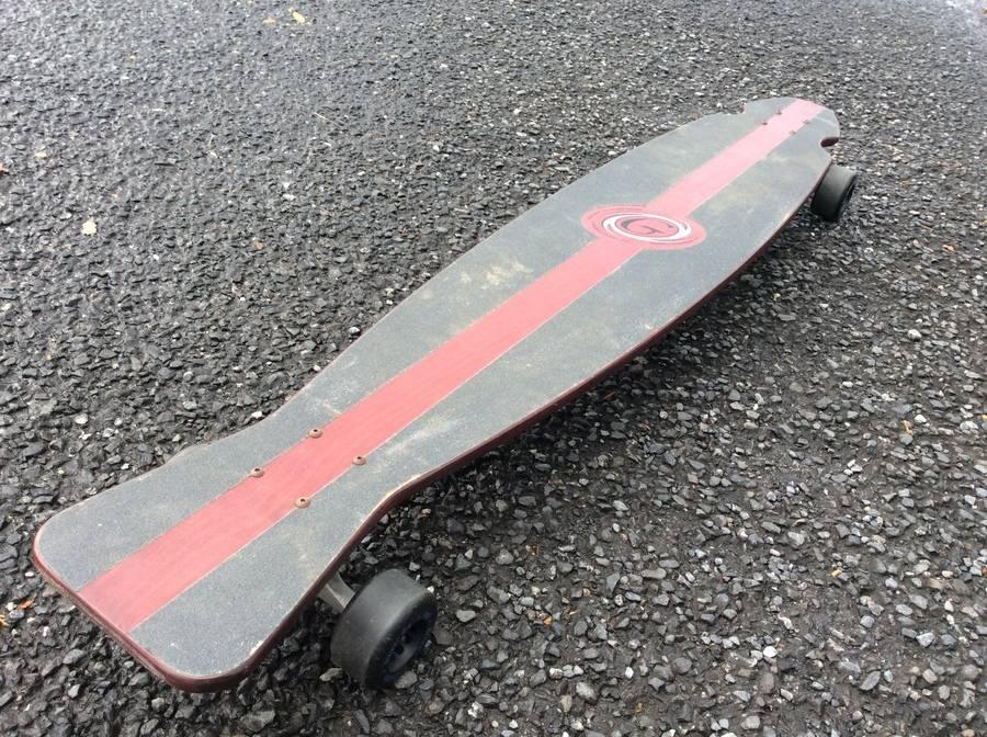 「スポーツ・アウトドアのスケートボード 」