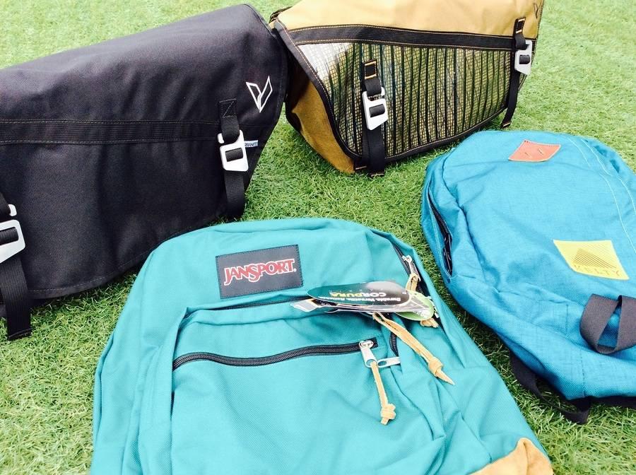 「スポーツ・アウトドアのバッグ 」