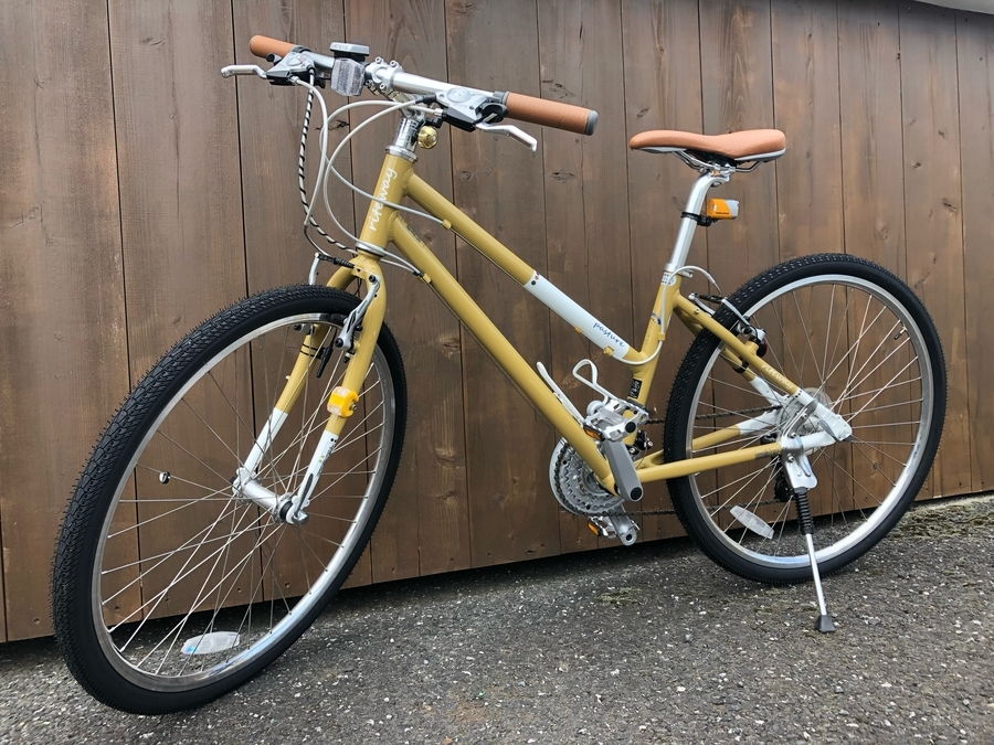 「アウトドアの自転車 」