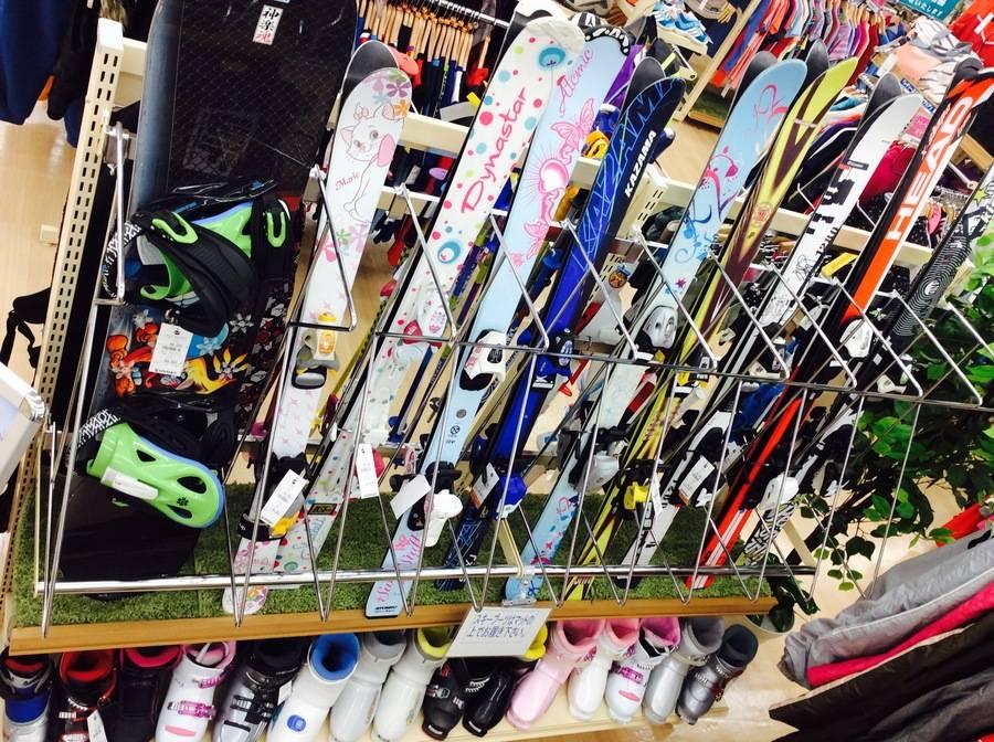 スキーのシーズンスポーツ