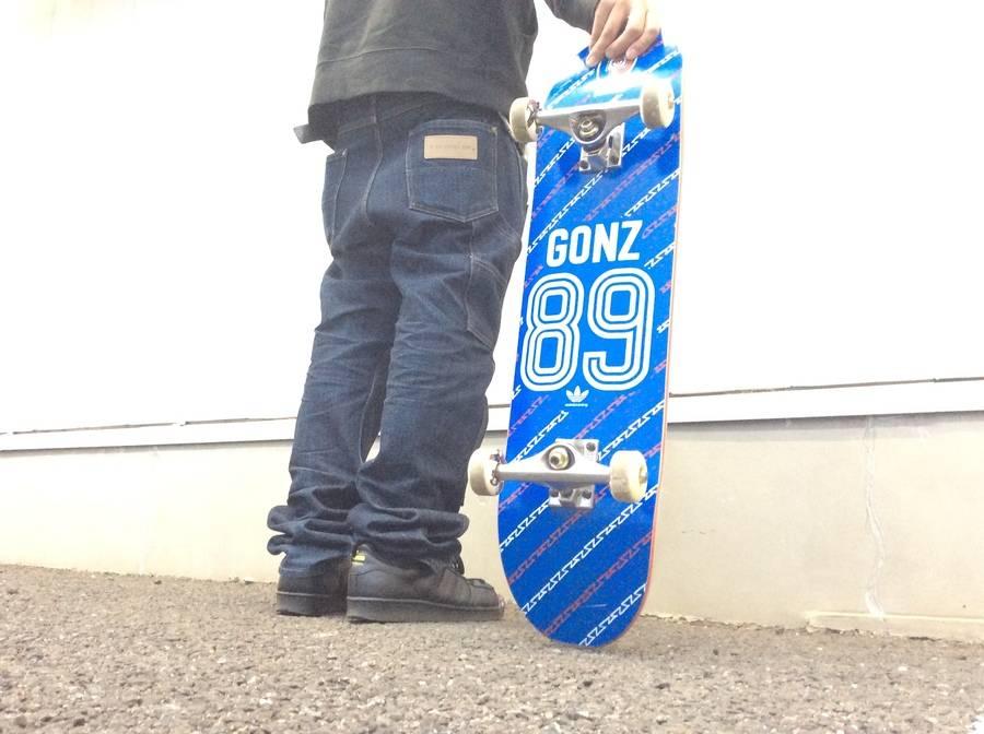 シーズンスポーツの中古スケート用品