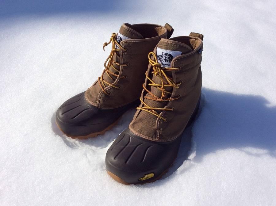 スノーブーツのブーツ