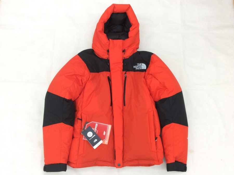 ジャケットのバルトロ