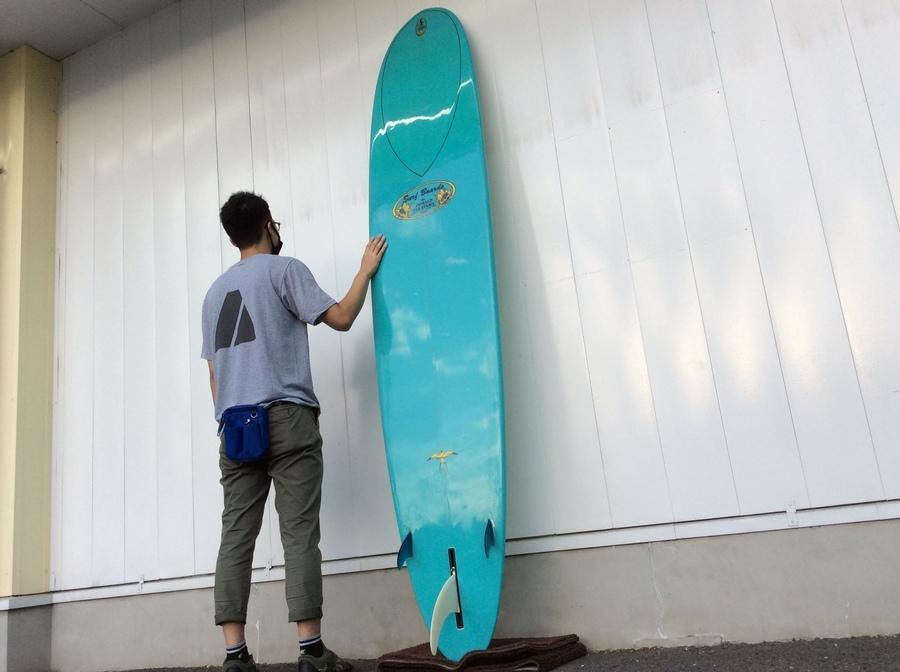 サーフィンのロングボード