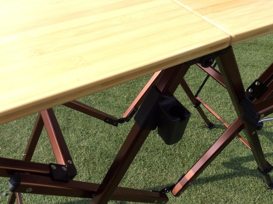 アウトドアテーブルのColeman