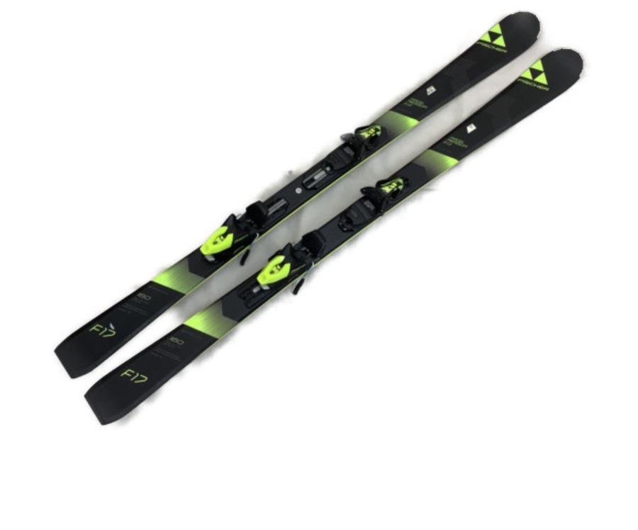 スキーのFISCHER
