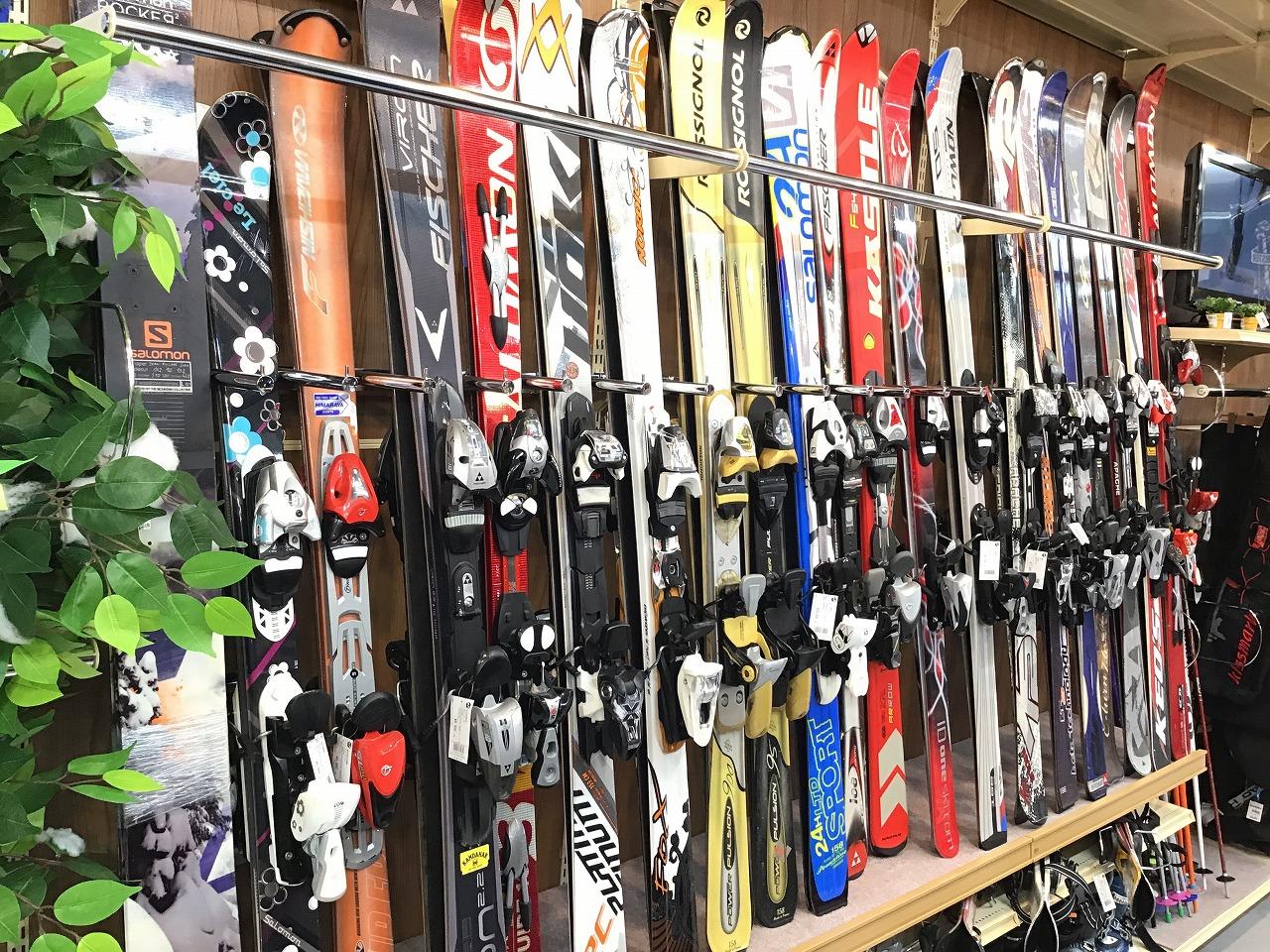 【中古・買取】スキー用品の買取は是非トレファクスポーツ幕張店へ!