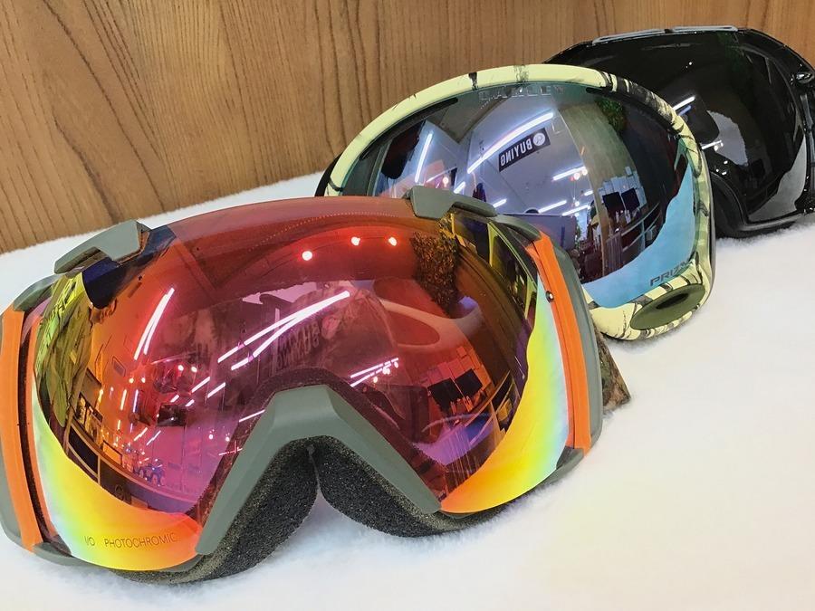【スキー・スノボ買取強化】人気のゴーグルがスマホで購入できます!