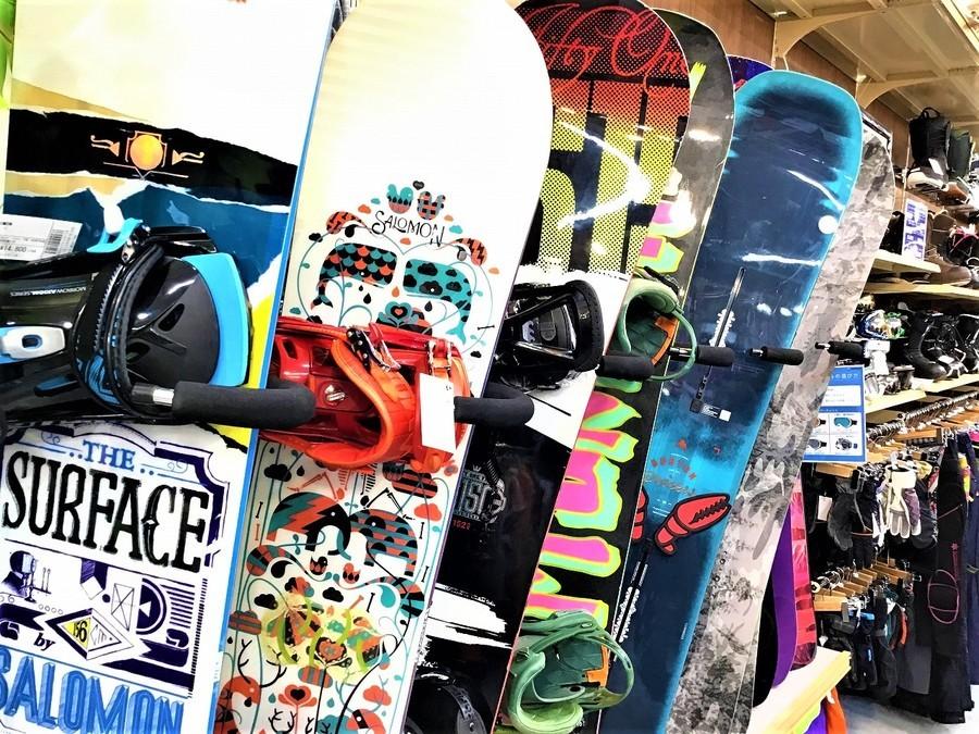 【中古・買取】人気のスノーボードがスマホで購入できます!