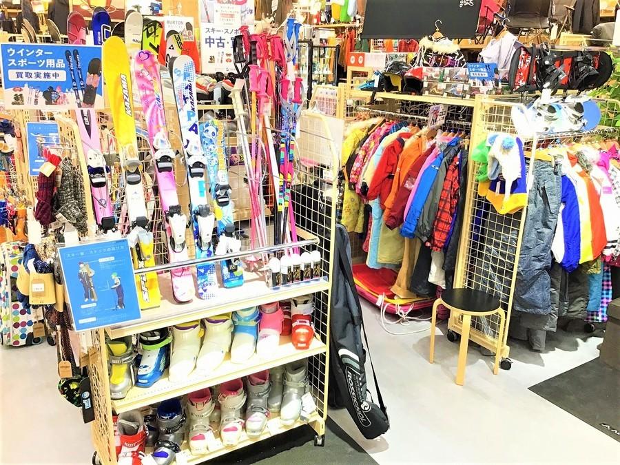 【レンタルよりお得】子供のスキー用品をお探しの方はお早めに幕張店へ!