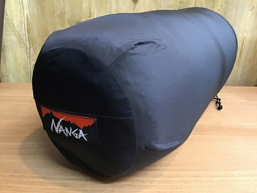 ナンガの幕張 キャンプ用品