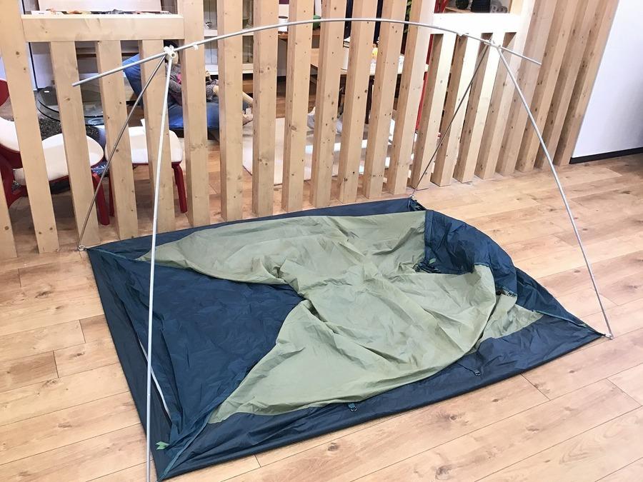 キャンプ用品のモンベル
