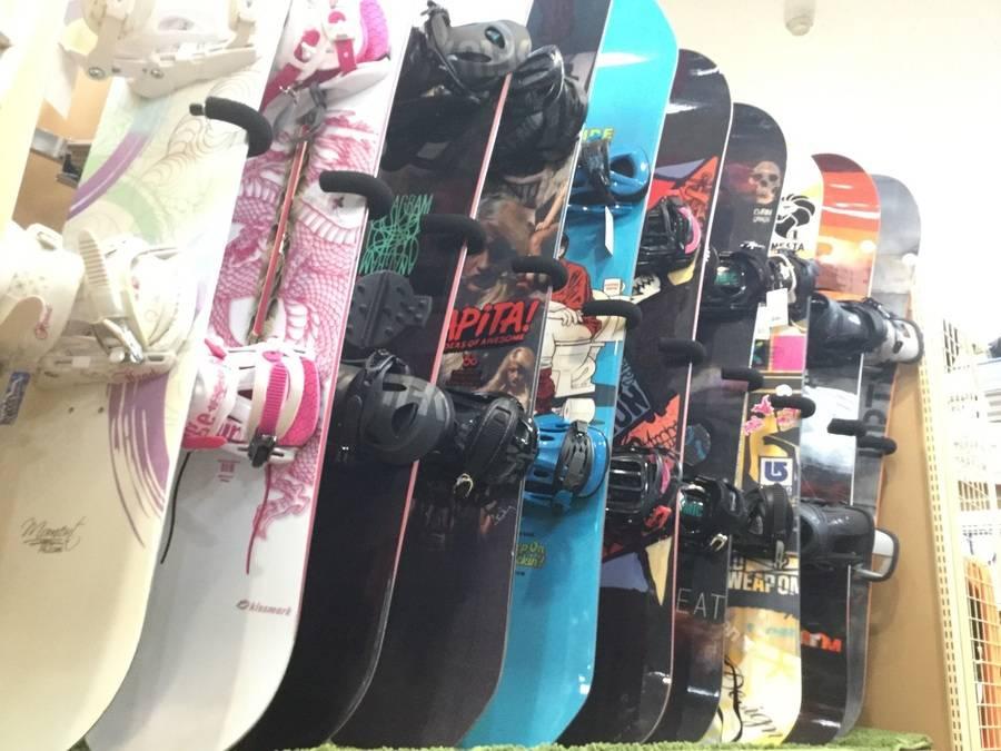 【TFスポーツ岩槻店】岩槻区周辺で中古スノーボード用品を買うのも売るのもトレファクスポーツ岩槻店へ