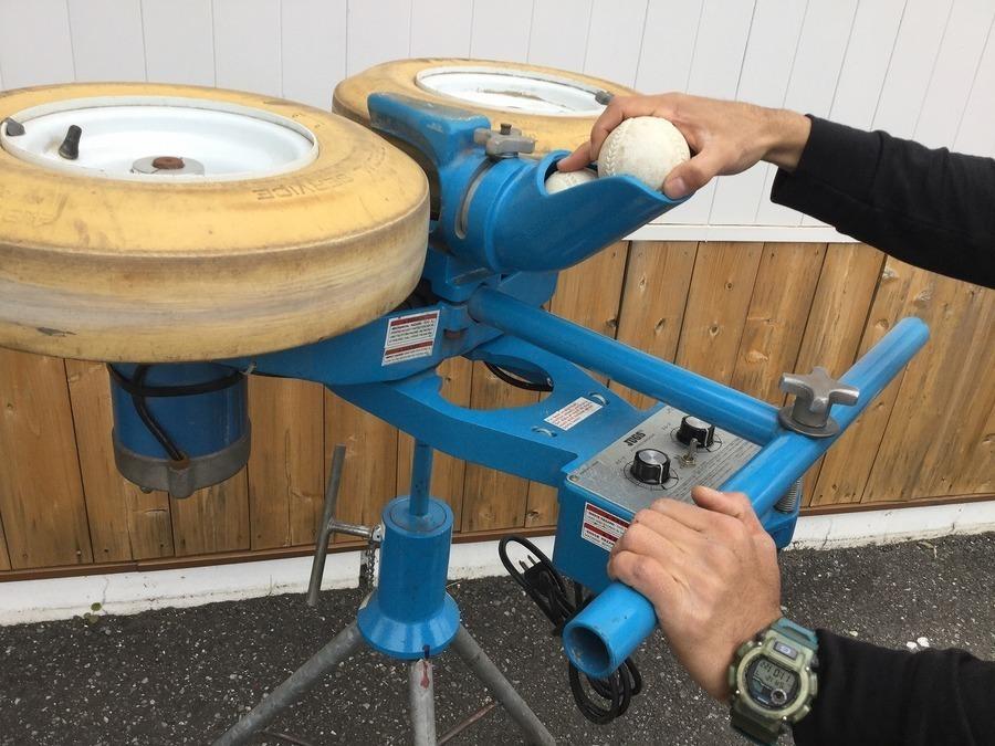 【値下げしました】野球ピッチングマシン買取しています!