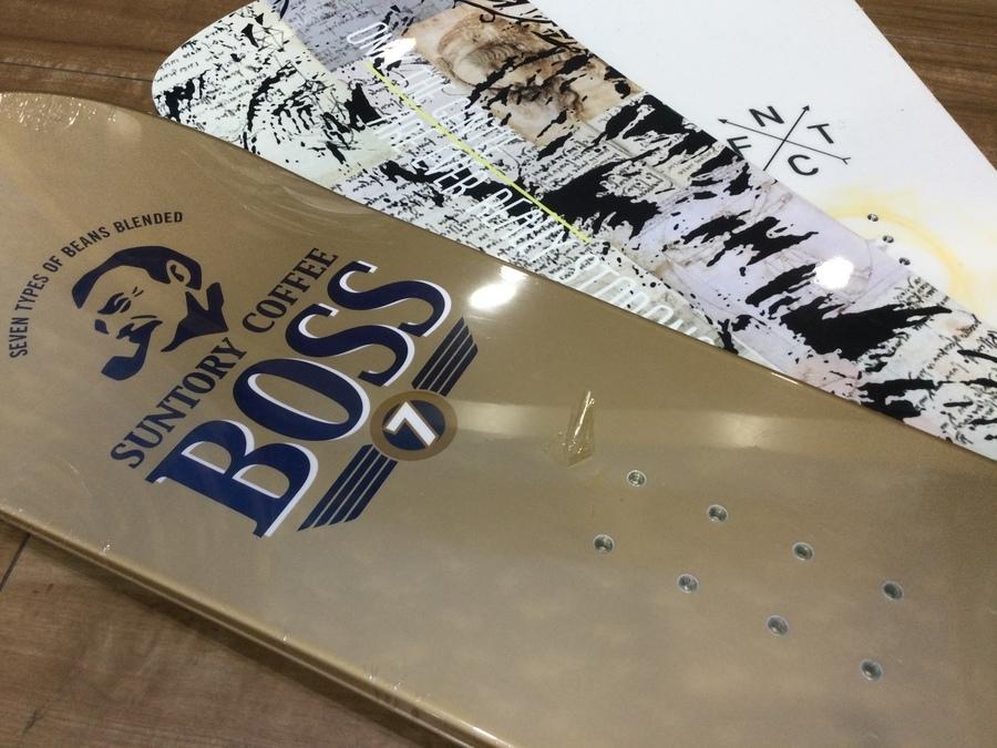 【スノーボード買取】FNTCやMOSSなど人気のスノボをご紹介!