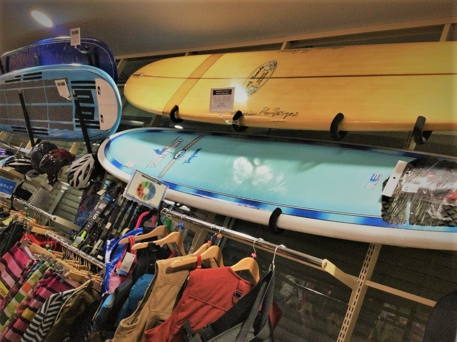 【サーフボード買取】ロングボードやショートボードの在庫を一挙ご紹介します!