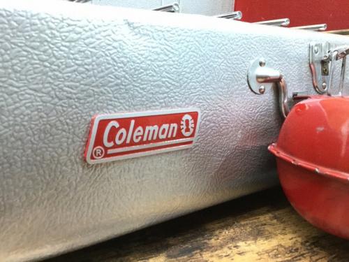 コールマンのガソリンツーバーナー