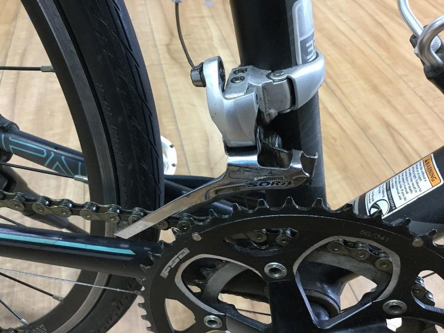 クロスバイクの自転車