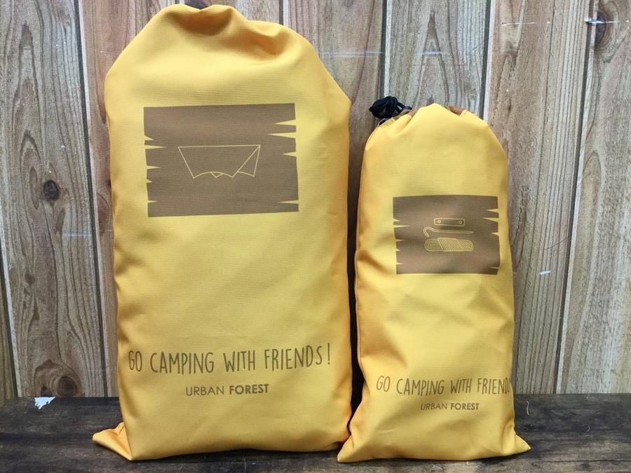 キャンプ用品のヘキサタープ