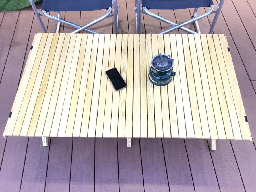 アウトプットライフのアウトドアテーブル