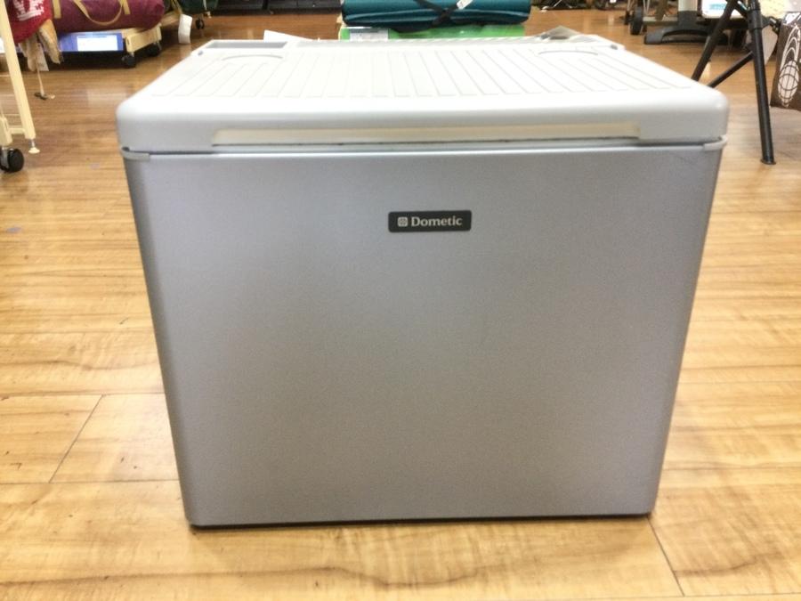 クーラーボックスのポータブル冷蔵庫